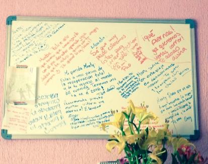 """""""El muro de los buenos deseos"""" :)"""