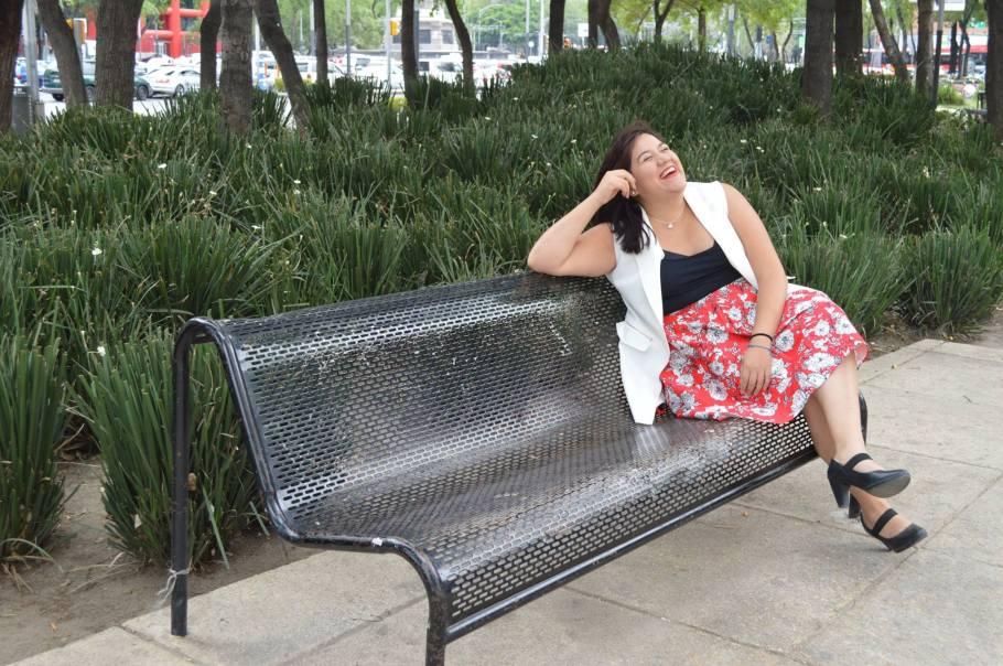 Montse Arcos. Periodista, FAN y promotora de las curvas felices y saludables. curvasfelices@gmail.com