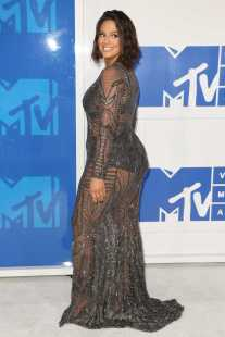 ashley-graham-at-2016-mtv-video-music-awards-at-madison-square-garden-in-new-york-08282016-3
